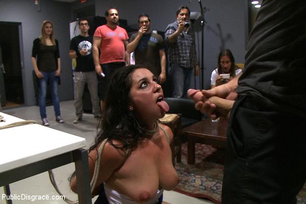 public disgrace erektion bei ärztin